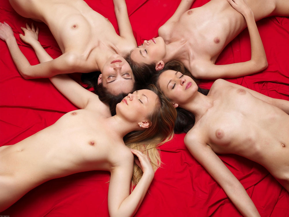 Sexey naked girls sleeping